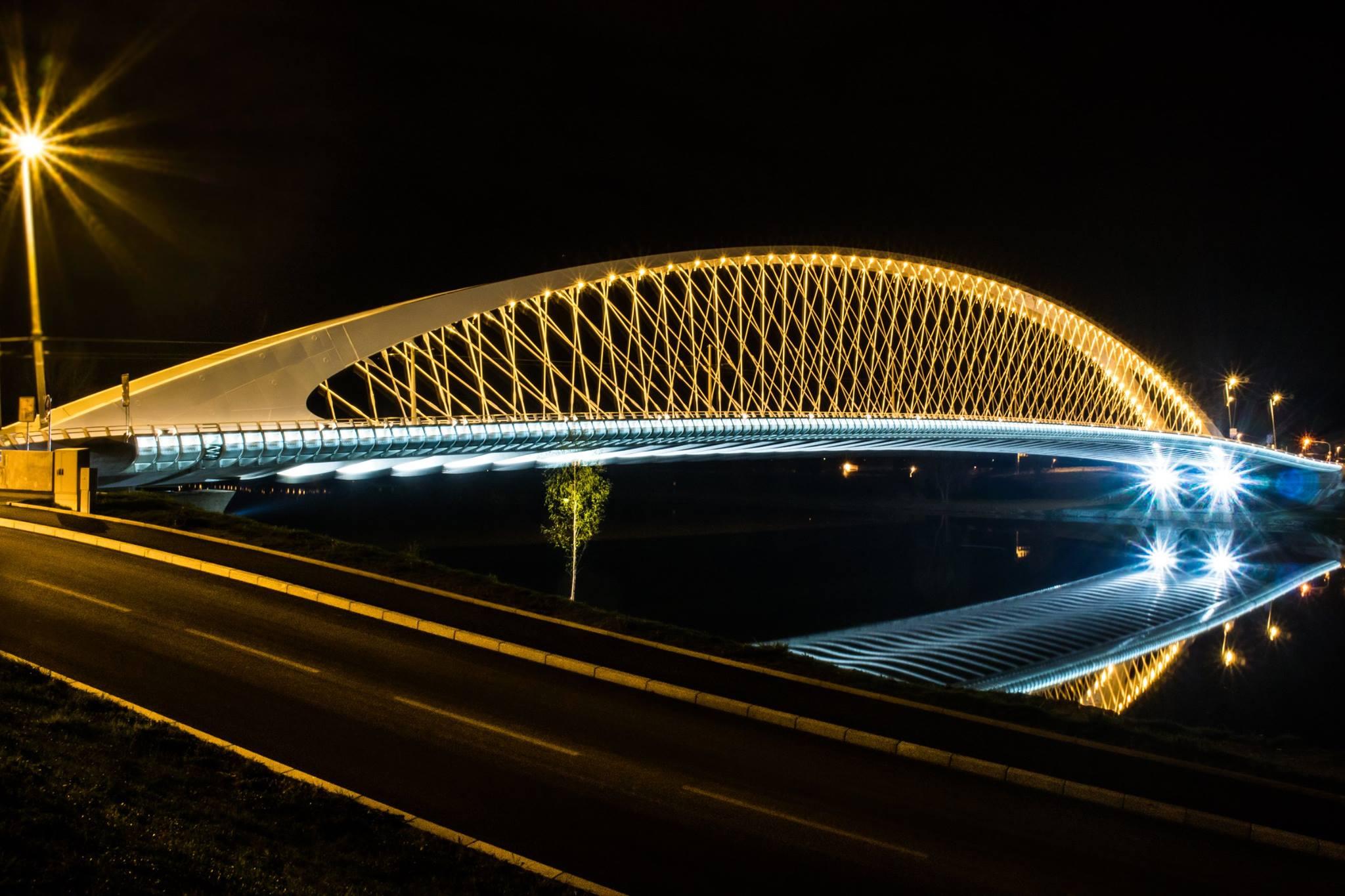 petr-vocelka-trojsky-most